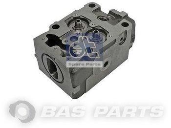 DT SPARE PARTS Cylinderhead DT Spare Parts 8194497 - zaglavlje motora