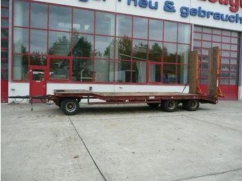 Möslein 3 Achs Tieflader  Anhänger - rimorkio me plan ngarkimi të ulët