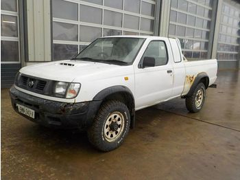 Nissan 5 Speed 4WD Pick Up (Registration Documents Are Not Available) - furgon