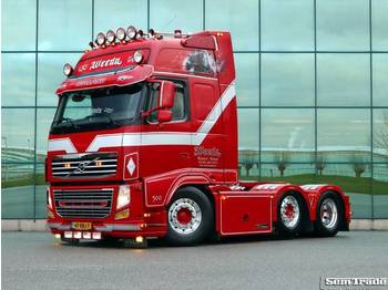 Sattelzugmaschine Volvo FH 500 6X2 GLOBETROTTER XL FULL AIR SHOW TRUCK