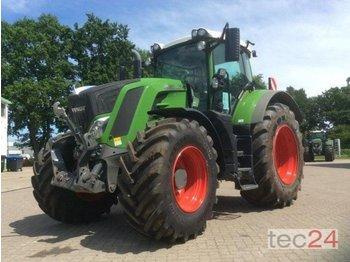 Fendt 828 Vario S4 - колёсный трактор
