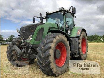 Колёсный трактор Fendt 927 Vario