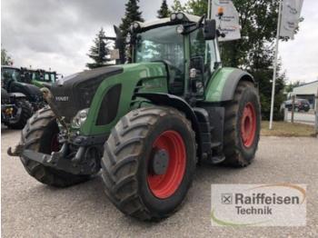 Колёсный трактор Fendt 930 POWER