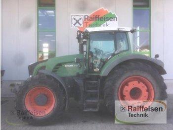 Колёсный трактор Fendt 930 Vario Com 3
