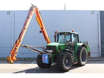 Колёсный трактор John Deere 6830 AutoPower met Herder Grenadier MBK 513 LSH