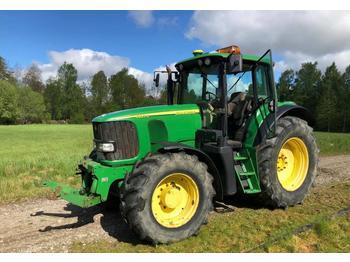 John Deere 6920 S  - колёсный трактор