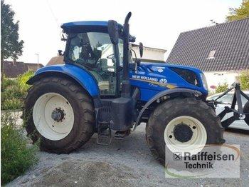 Колёсный трактор New Holland T7.230: фото 1