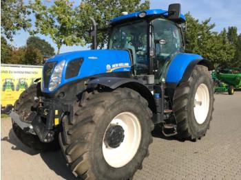 Колёсный трактор New Holland T7.270