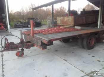 Сельскохозяйственный прицеп-платформа oprijwagen