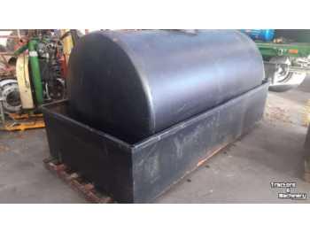 Сельскохозяйственная техника gasolietank met lekbak