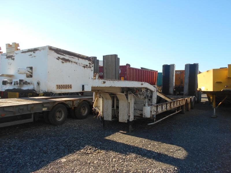 low loader semi-trailer Actm