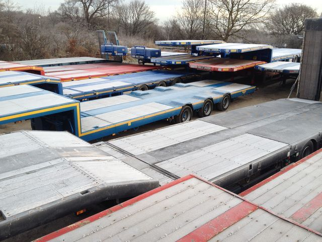 BROSHUIS 3 4 & 5 axle stepframe low loader semi-trailer from ...