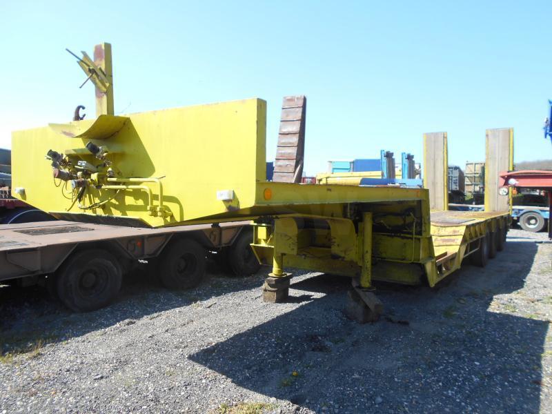 low loader semi-trailer Kaiser