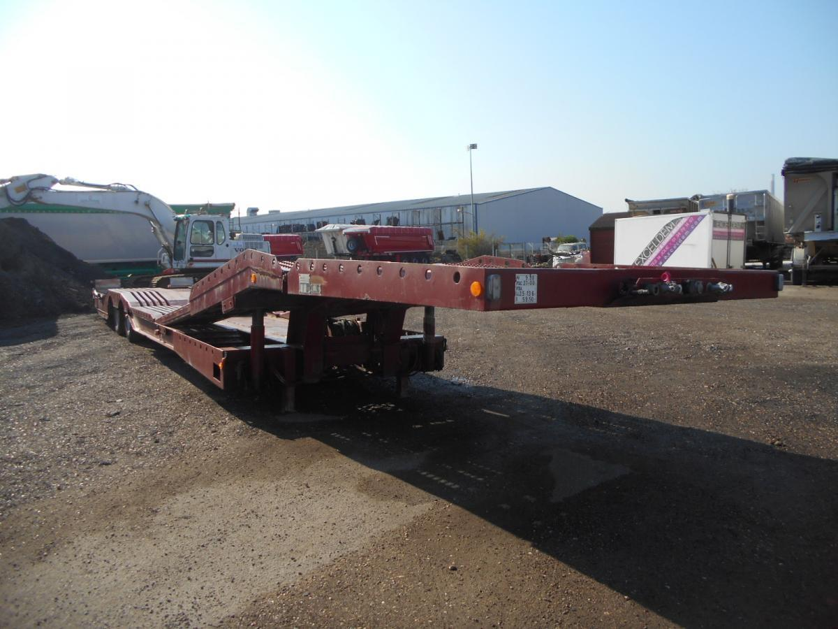 low loader semi-trailer Louault