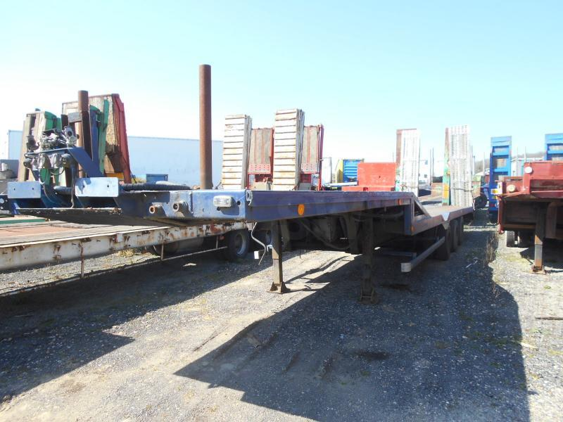 low loader semi-trailer Trailor