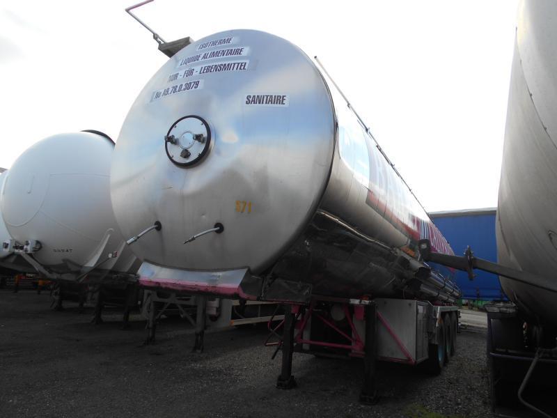 tank semi-trailer Magyar