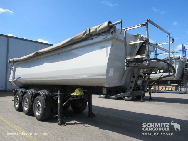 tipper semi-trailer Schmitz Cargobull Tipper Steel half pipe body 24m³