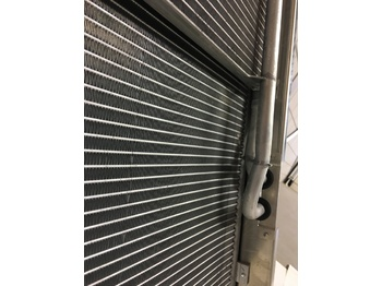 THERMO KING CONDENSER / RADIATOR ASSEMBLY SLX 100 / SLX 200 / SLX 300 / SLX 400 / SLX SPECTRUM / SLXE 100 / SLXE 200 / SLXE 300 / SLXE 400 / SLXE SPECTRUM - air conditioner