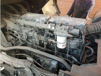 DAF XF 315M - engine