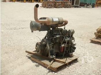 JOHN DEERE  - engine