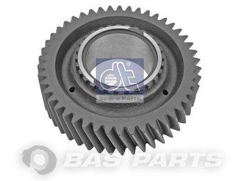 DT SPARE PARTS Gear wheel 1521413 - gearbox