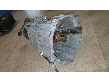 MITSUBISHI /  canter 4M42 Fuso 3.0 4M42 / gearbox - gearbox
