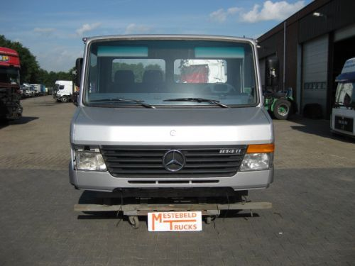 Mercedes benz cabine vario 814 spare parts for sale at for Mercedes benz truck parts