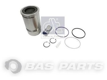 DT SPARE PARTS Cylinder liner kit 22302061 - pistons/ rings/ bushings