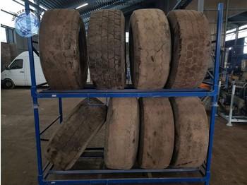 LINGLONG 445/65 R22.5 - tires