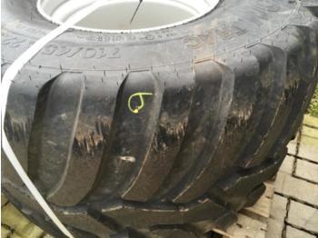 Tires Vredestein 710/45R22.5
