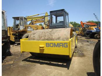 BOMAG BW217D - valec