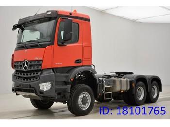 Tahač Mercedes-Benz Arocs 3345AS - 6x6