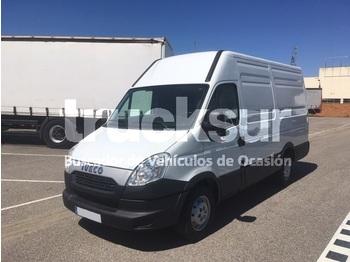 Pakettiauto Iveco 35S13