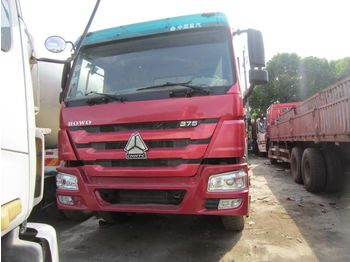 Billenőplatós teherautó HOWO 375