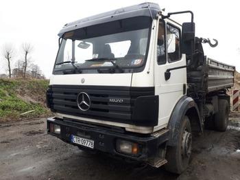 Billenőplatós teherautó Mercedes Benz SK 1820