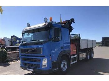 Volvo FM9  - billenőplatós teherautó
