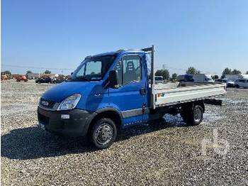 IVECO DAILY 35C11 - síkplatós teherautó