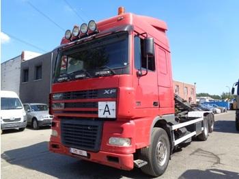 Kontejnerski tovornjak/ tovornjak z zamenljivim tovoriščem DAF 95 XF 480 6x2 cable system