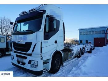 Iveco Stralis - kontejnerski tovornjak/ tovornjak z zamenljivim tovoriščem