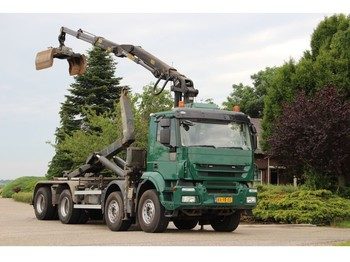 Iveco TRAKKER 8x4 Z-kran/HAAK/WIDESPREAD EURO5!! - kontejnerski tovornjak/ tovornjak z zamenljivim tovoriščem