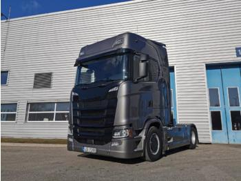 Tractor truck SCANIA S450