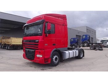 Tractor unit DAF 105 XF 460 Space Cab (MANUAL GEARBOX / BOITE MANUELLE)