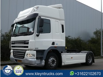 Tractor unit DAF CF 85.410 spacecab skylights
