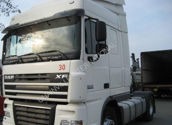 tractor unit DAF XF105