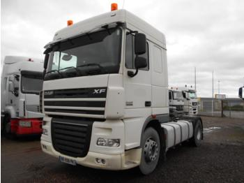 Tractor unit DAF XF105 460: picture 1