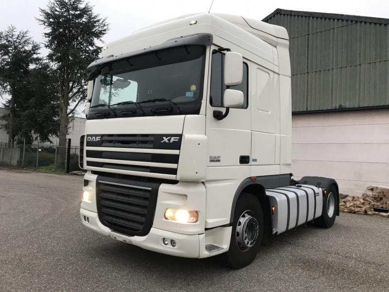 Wspaniały DAF XF105.460 - AUTOMATIC - PD 2013 - 5 STUCK tractor unit from ZX62
