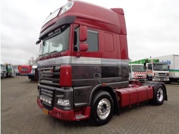 Tractor unit DAF XF105.460 + Euro 5 + 5 in stock