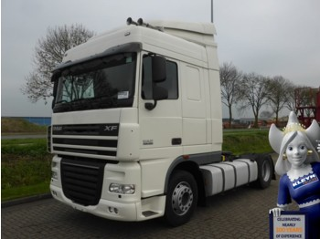 Tractor unit DAF XF 105.460 SPACECAB MANUAL