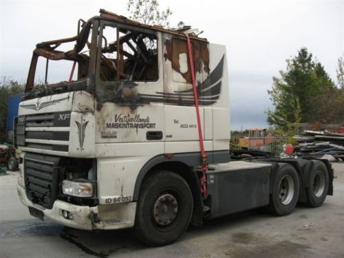 Tractor unit DAF XF 105-530 FTS 6X2  - Truck1 ID: 746736