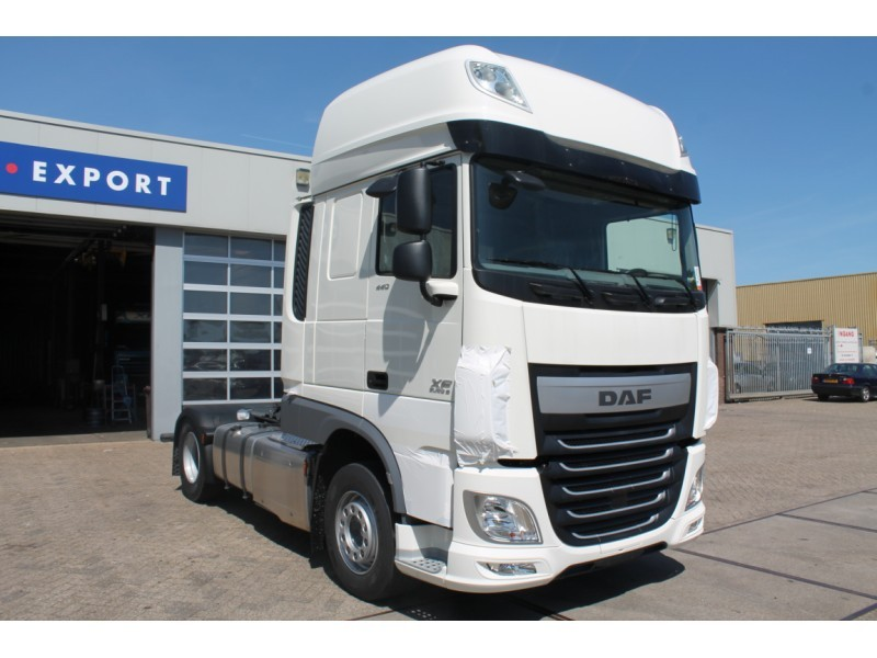 Page195 likewise P Daf Xf 105 Ssc 4x2 Avec Remorque Porte Engins Nooteboom P6247 furthermore Wsi Seite 2 in addition Index also 163. on daf xf 105 ssc 2